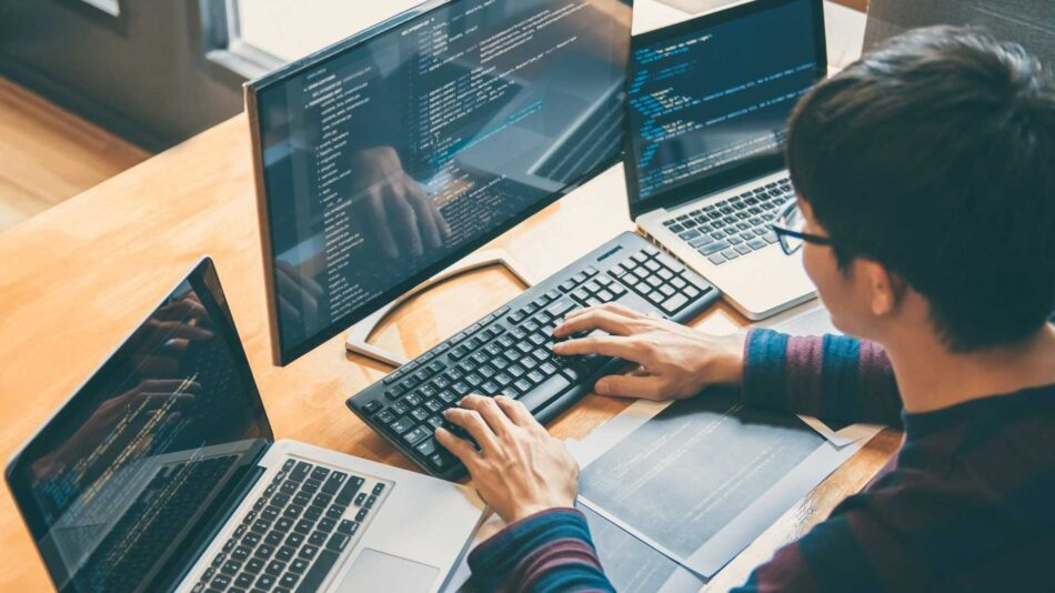 Kódolj határok nélkül - nyílt forráskódú programozó verseny
