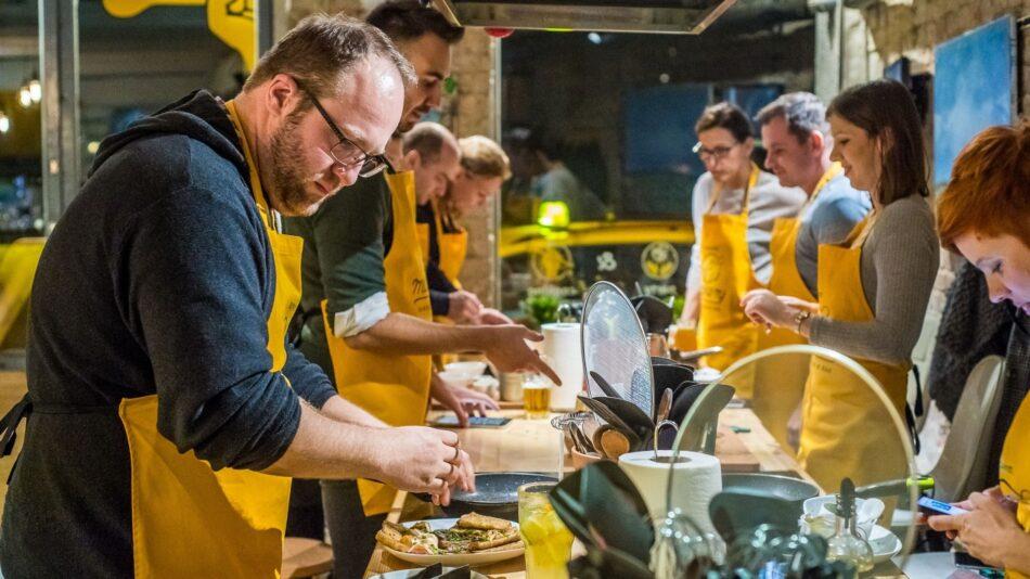 Hálózatban van az erő: külföldre is terjeszkednek a magyar franchise-cégek